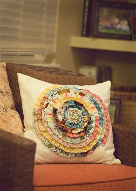 crafty ideas  leftover fabric scraps