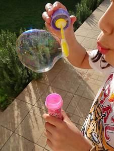 Recette Bulles De Savon : recette pour faire des bulles de savon con los ni os ~ Melissatoandfro.com Idées de Décoration