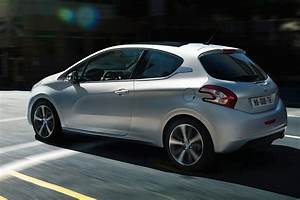 208 Peugeot : peugeot 208 pictures posters news and videos on your pursuit hobbies interests and worries ~ Gottalentnigeria.com Avis de Voitures