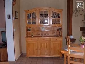 Vaisselier En Pin : bahut 3 portes vaisselier en pin vernis woincourt 80520 ~ Teatrodelosmanantiales.com Idées de Décoration
