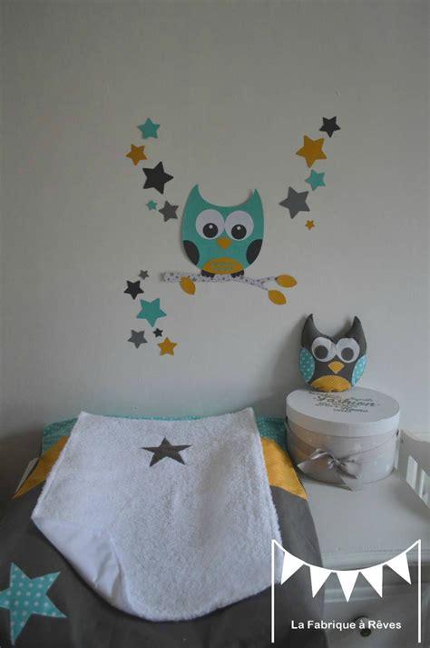 papier peint chambre bébé mixte décoration chambre enfant mixte turquoise jaune moutarde