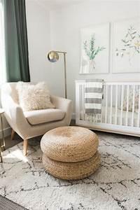 1001 idees pour la decoration chambre bebe fille With tapis chambre bébé avec petit canapé rond