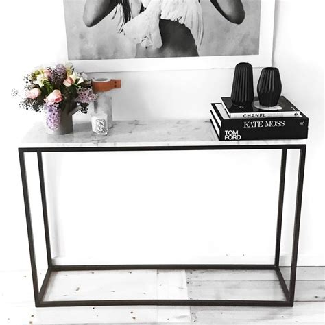 small space decorating ideas 25 best ideas about hallway tables on sofa