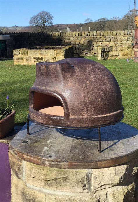 classic mexican clay pizza oven  stand clay pizza