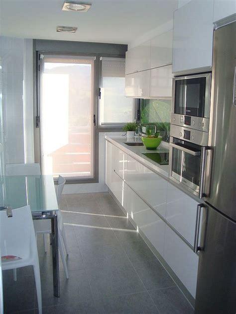 puerta de aluminio cocina buscar  google cocinas modernas puertas de cocina cocinas
