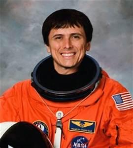 Latina Astronaut - Pics about space