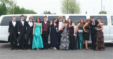Prom Limo by Limo For Prom Limo Service