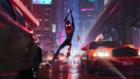 spider man   spider verse footage debuts  comic