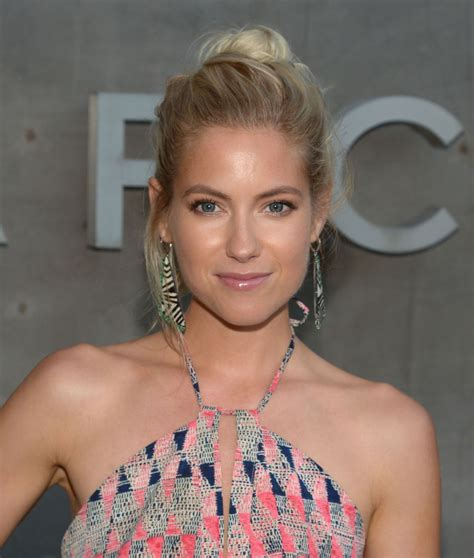 laura ramsey hindsight wiki fandom powered  wikia