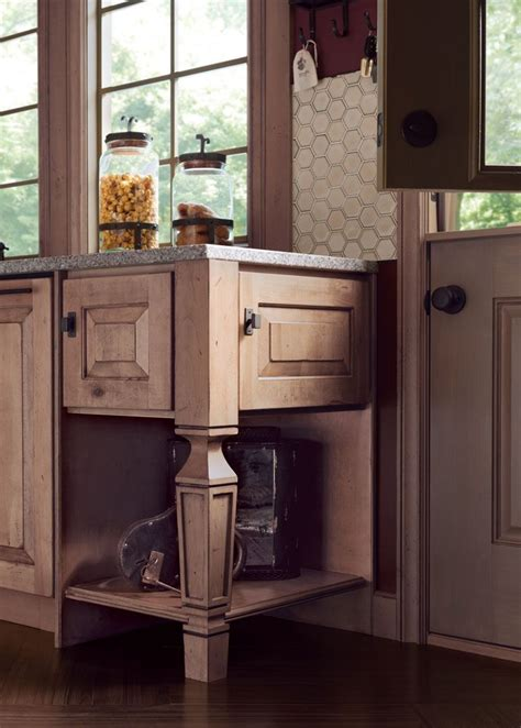 paint the kitchen cabinets new sterling leg durango rustic maple in distressed husk 3957