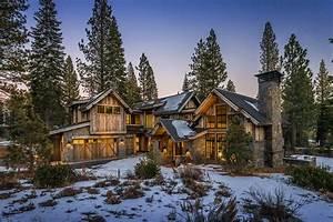 Mountain Contemporary Cabin Boasts Impressive Details In