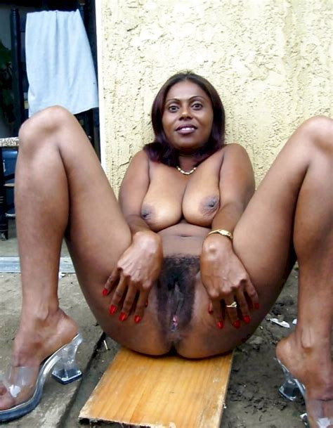 Dominican On Display Shesfreaky