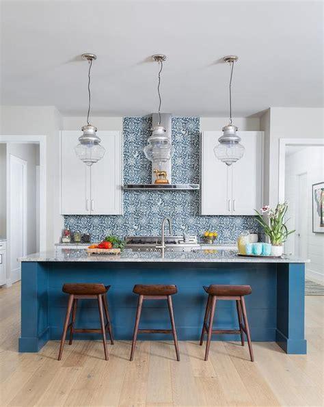 Kitchen Island with Clear Stools   Modern   Kitchen