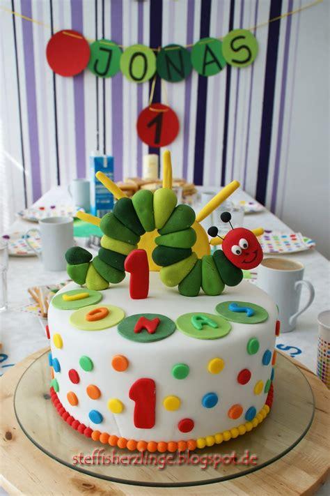 kindergeburtstag 1 jahr kuchen raupe nimmersatt torte