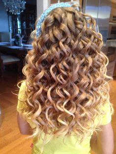 tight spiral curls  wand hair styles pinterest