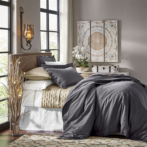Decorating Ideas Master Bedroom by His Hers Master Bedroom Decorating Ideas