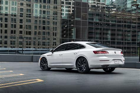 Volkswagen presents new Arteon machine
