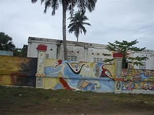 Maison Des Artistes : file grand bassam maison des wikimedia commons ~ Melissatoandfro.com Idées de Décoration