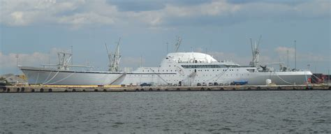 Nuclear Powered Cruise Ship | Fitbudha.com