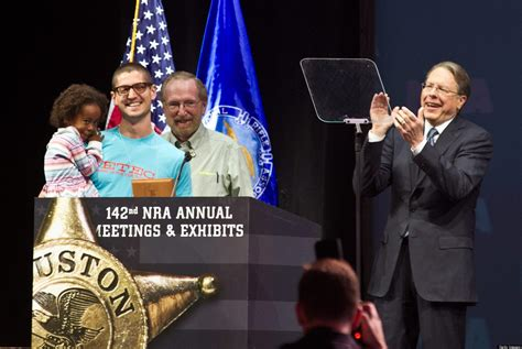 elaih wagan  year  texan honored  nra  youngest