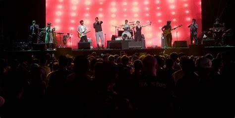 Discover the best concerts in jakarta. Adit 'SATCF': Musik (Pop) Indonesia yang Tak Lagi 'Pop' di 2019 | SuperMusic.ID