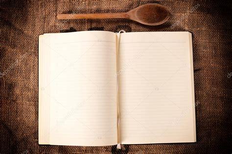 livre de cuisine vierge livre de recettes vierge photographie uroszunic 27719129