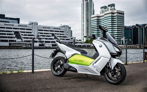 Bmw C Evolution Electric Maxi Scooter Debuts Worldwide