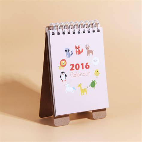 make a desk calendar with pictures photo desk calendar desk calendars 2016