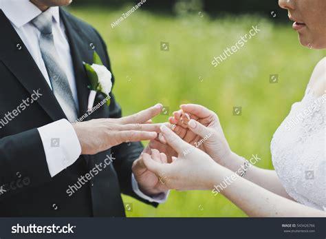 exchange wedding rings stock photo 543426766
