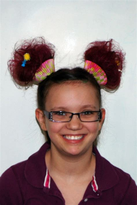Awesome Use Cupcake Wrappers To Make Cupcake Hair Crazy