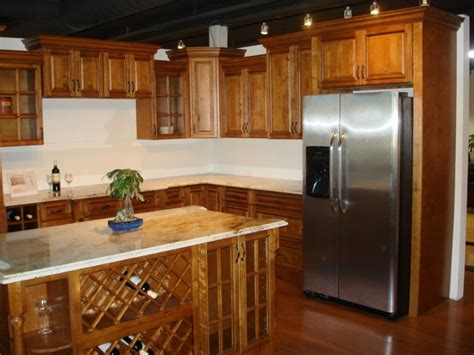 shaker kitchen cabinets toffee color kitchen cabinets modern kitchen cabinetry 5164