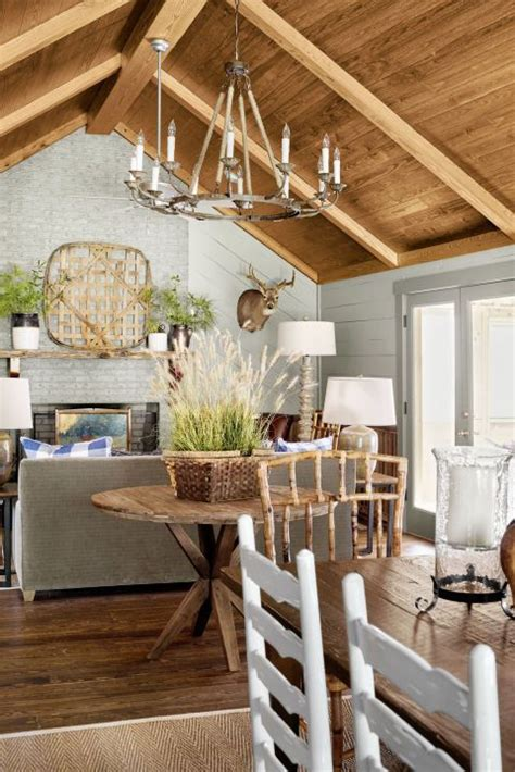 rustic chandelier ideas  country farmhouse