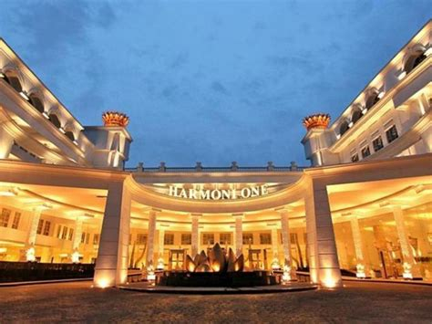 book harmoni one convention hotel service apartments in