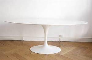 Table Marbre Ovale : saarinen table tulipe ovale marbre knoll lausanne suisse ~ Teatrodelosmanantiales.com Idées de Décoration