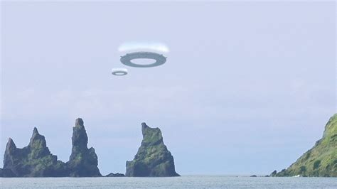 Ring-shaped UFOS in ICELAND (CGI) - YouTube