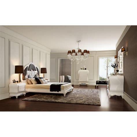 chambres de luxe chambre blanche et argentée raliss com