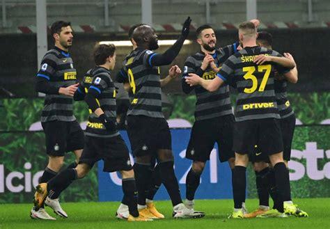 Inter de Milão goleia o Benevento e segue na luta pela ...