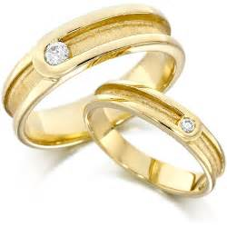 circle wedding ring cosmetics gold wedding ring pictures