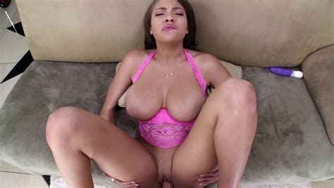 Cassidy Banks Titjob Is Perfect Foreplay Before He Fucks