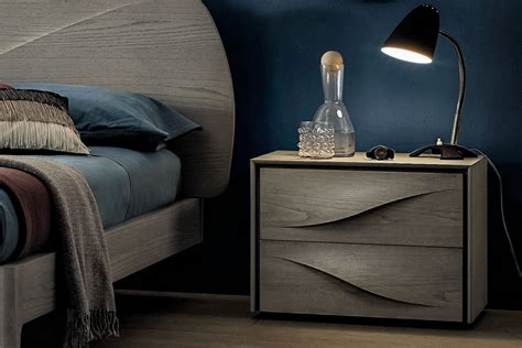 comodini di design comodino di design in legno fontana 2 napol arredamenti
