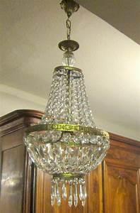 Lustre Pampilles Cristal : lustre montgolfi re pampilles cristal lustres ~ Teatrodelosmanantiales.com Idées de Décoration