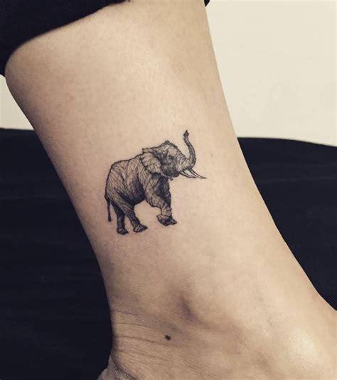 prix tatouage cheville femme cochese tattoo
