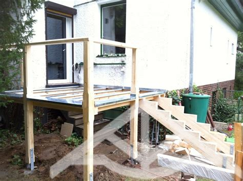 Terrasse Bauen Ein Deck Auf Stelzen by Terrasse Hoch Bauen Terrasse Hoch Bauen Haus Ideen Klumb
