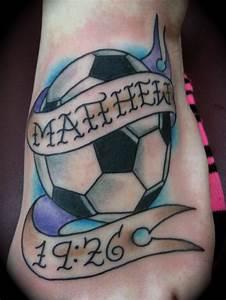 34+ Best Football Tattoos de