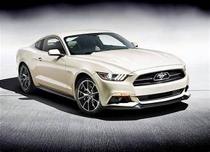 2015 Ford Mustang Specifications: 300hp V6, 310hp EcoBoost, 435hp GT - autoevolution
