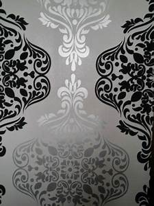 Best 25+ Black and silver wallpaper ideas on Pinterest ...