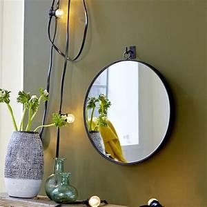 Miroir Rond Suspendu : miroir forme ronde suspendu style industriel tikamoon ~ Teatrodelosmanantiales.com Idées de Décoration