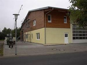 Fassadengestaltung Holz Und Putz : wohnplus d mmsystem innen und au en holzfassade ~ Michelbontemps.com Haus und Dekorationen