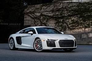 2017 Audi R8 V10 First Drive Review: Running in the ...