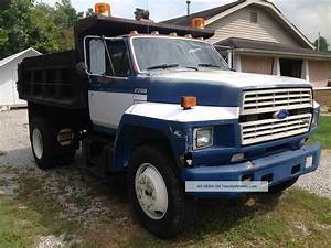 1988 Ford F700 Specs